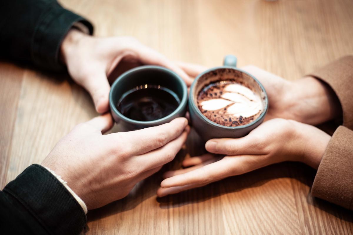 pažintys pirmoji kava fedor andrejaus praleidimas meryl