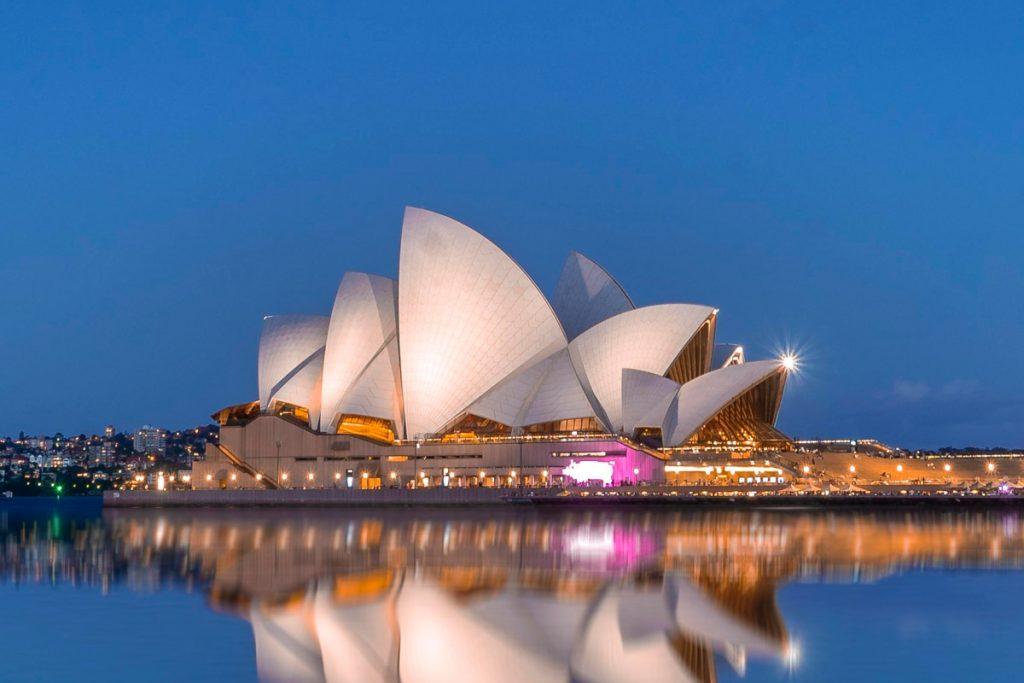 atitiktų internetu sms australija irc pažintys pokalbių kambariai