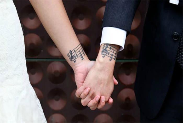 pažintys vaikinas padengta tatuiruotėmis pažintys tinklalapis apžvalgos australija